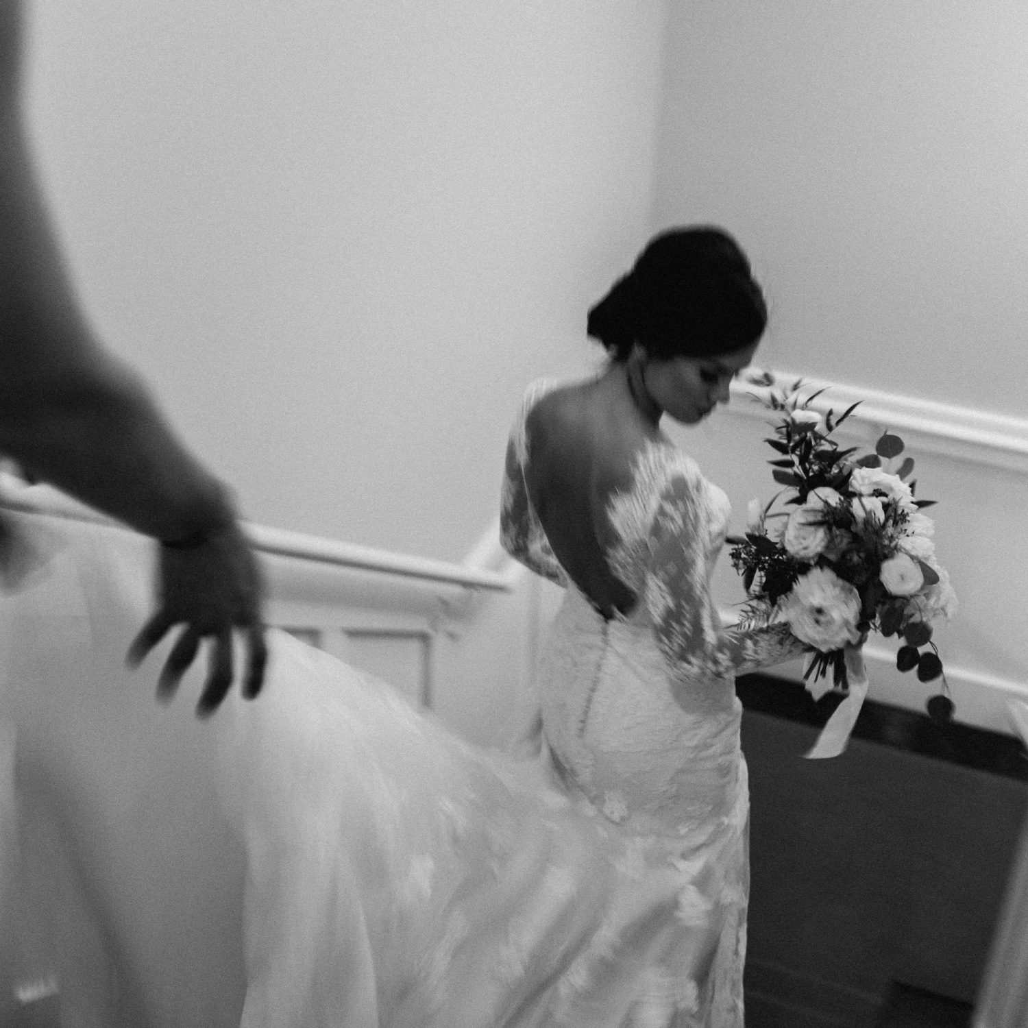 Bride walking down stairs to ceremony fuji x100t camera review