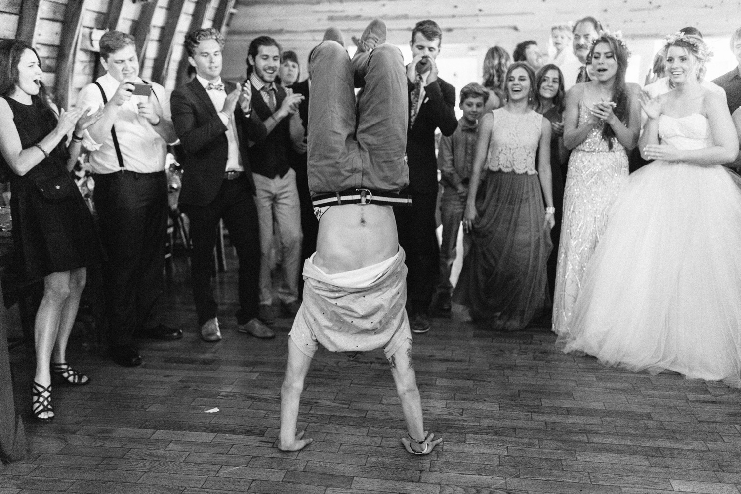 dancing during reception at rustic oaks by geneoh photography