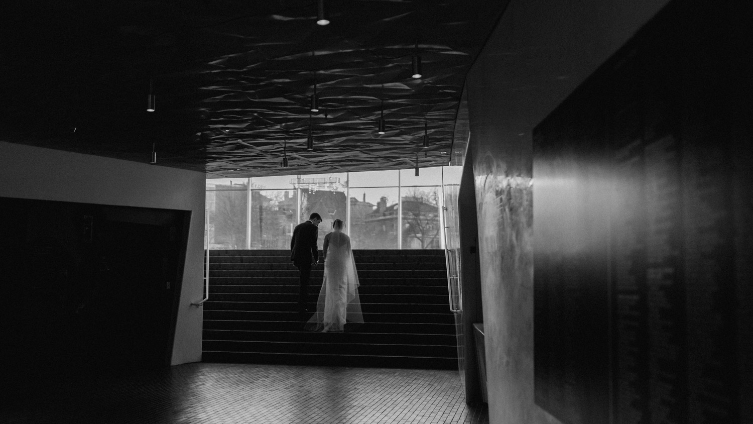 Walker Art Center wedding photography by geneoh photography