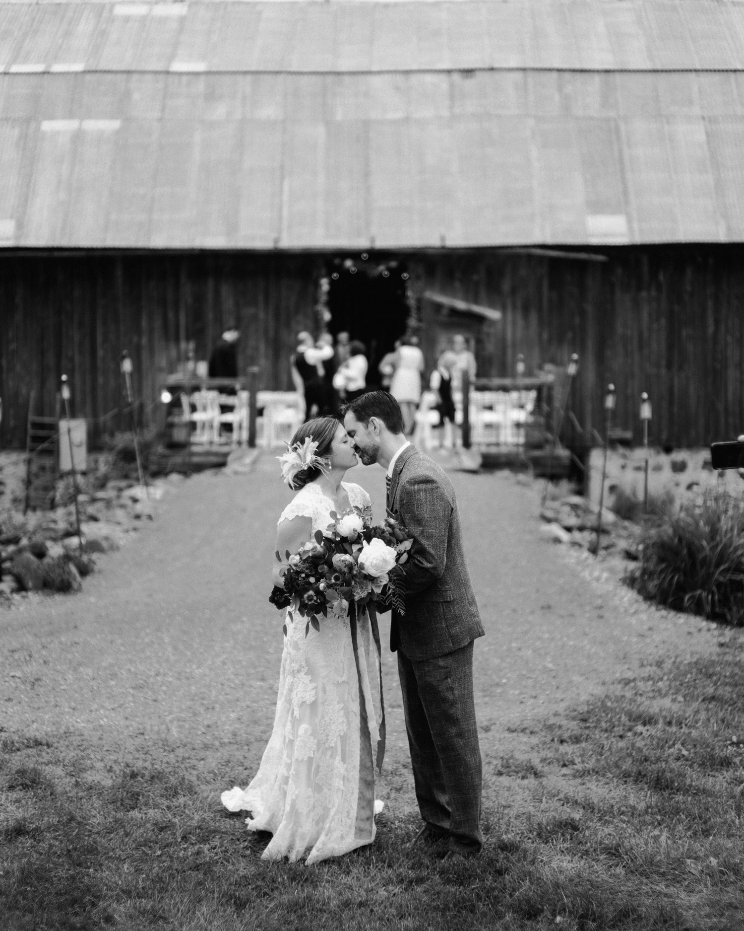 Enchanted Barn Wedding by geneoh photography