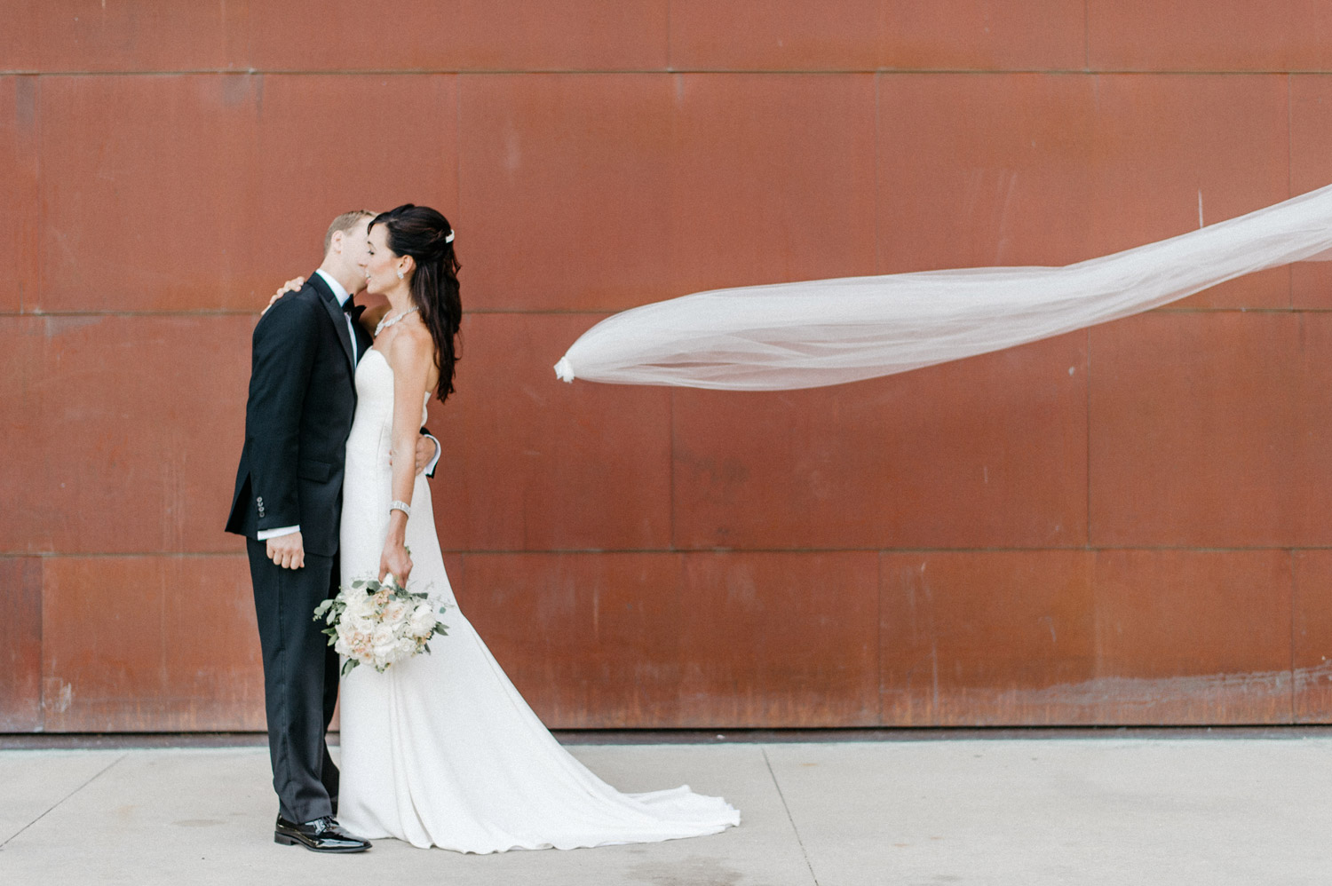 Rochester Art Center Bride and Groom Portrait by geneoh photography