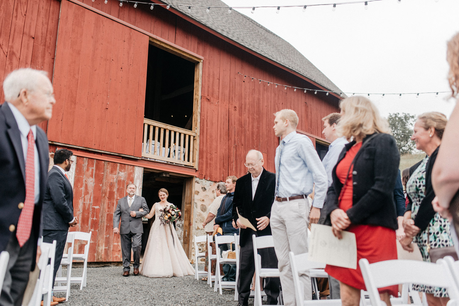 Birch Hill Barn Wedding by geneoh photography