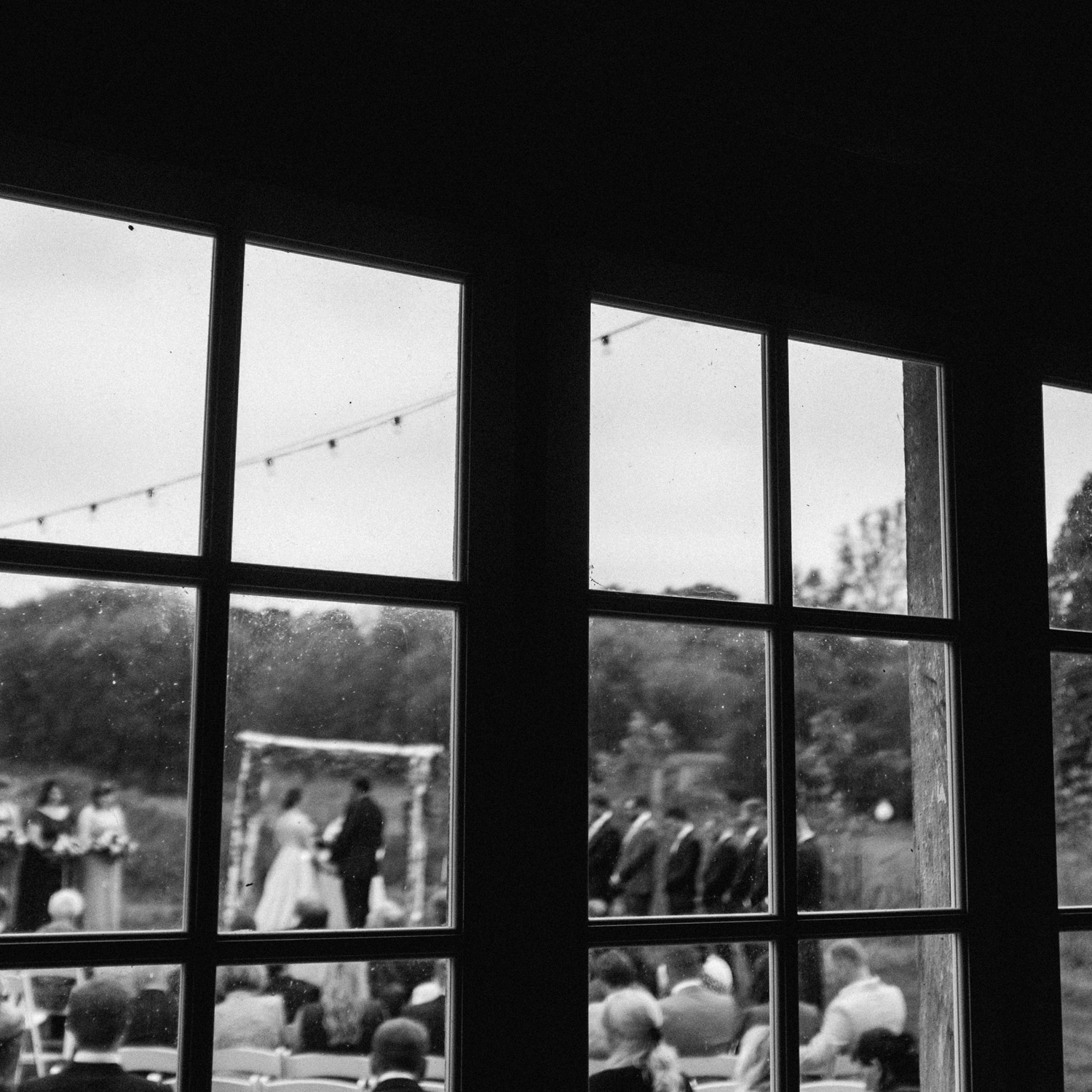 Birch Hill Barn Wedding on Fuji x100t by geneoh photography