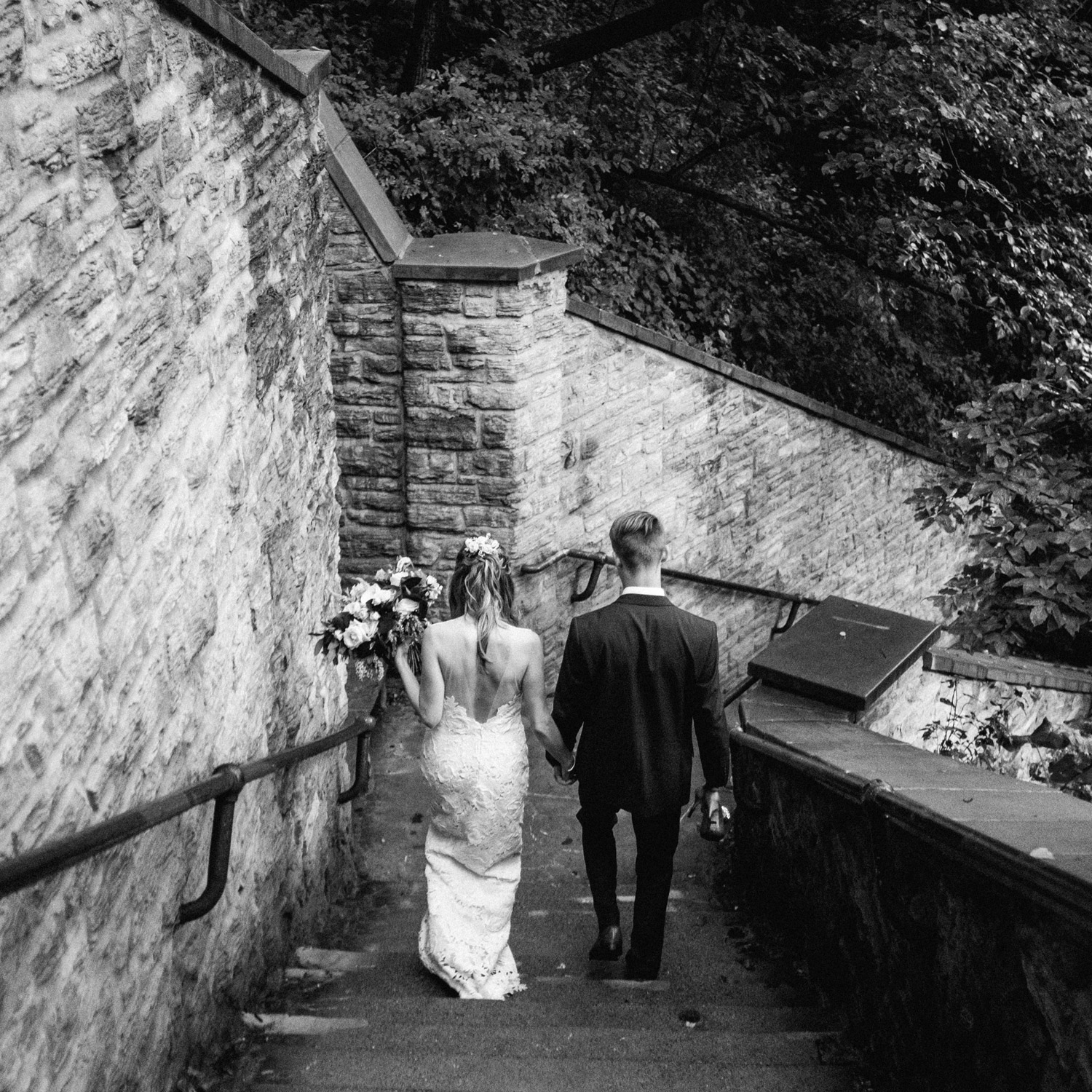 Minnehaha Falls Wedding photography by geneoh photography
