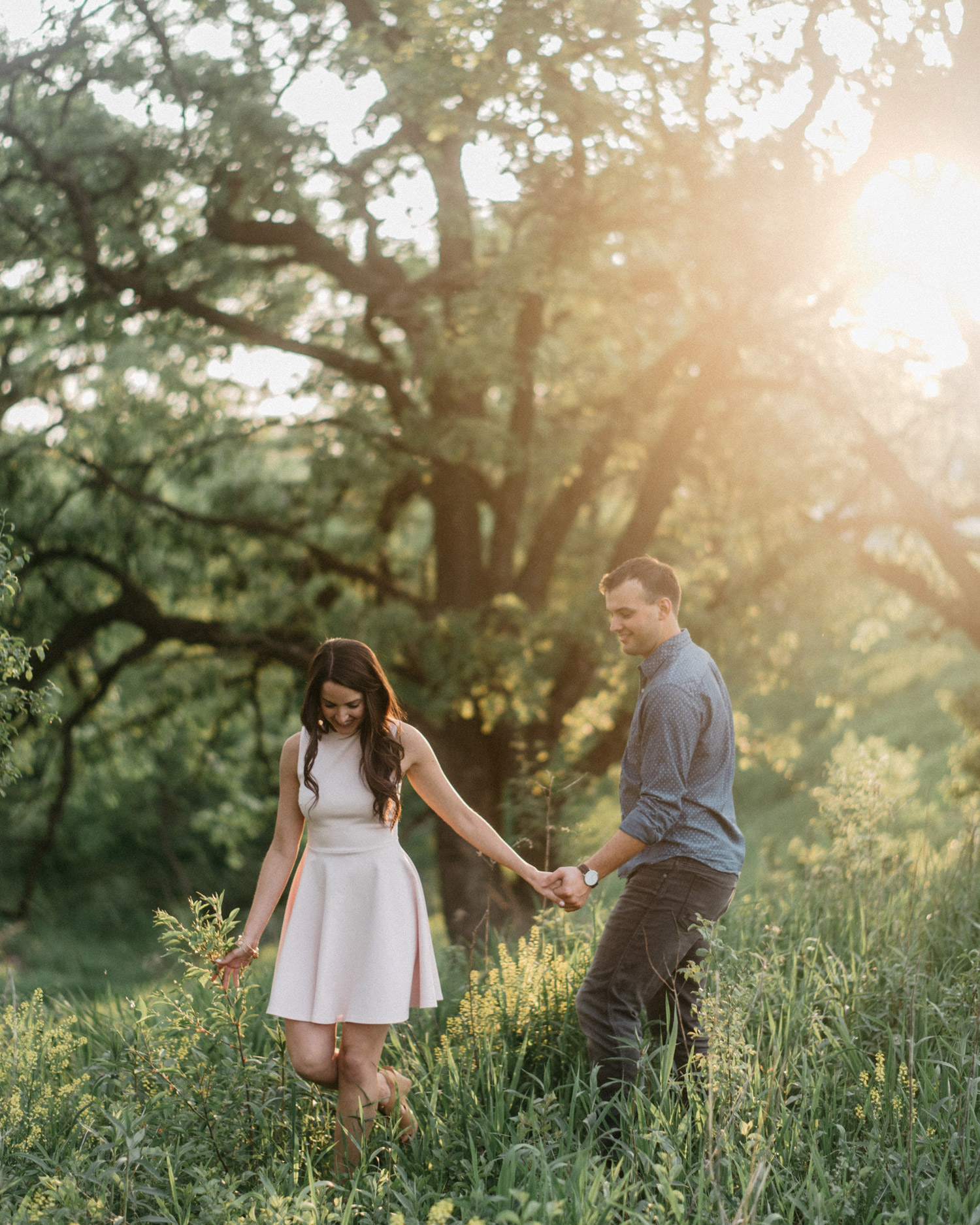 Minnesota Summer Engagement photography by geneoh photography