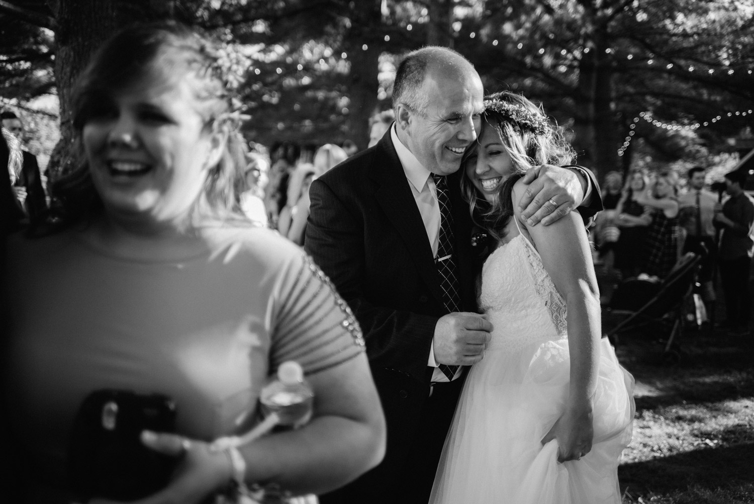 Minnetonka Orchards wedding photography by geneoh photography