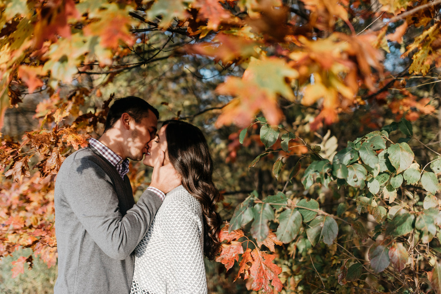 Fall engagement session on family property by geneoh